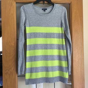 Gap maternity sweater
